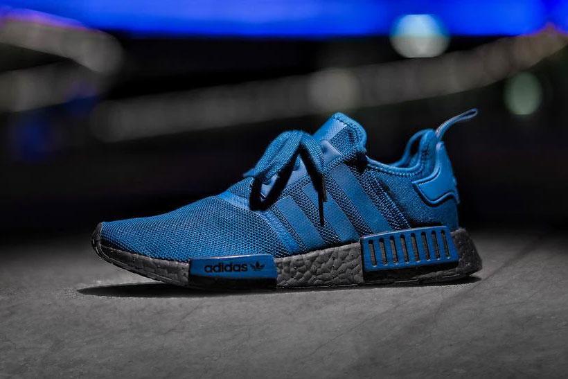 Нові NMD R1 від Adidas «Чорний / Синій»